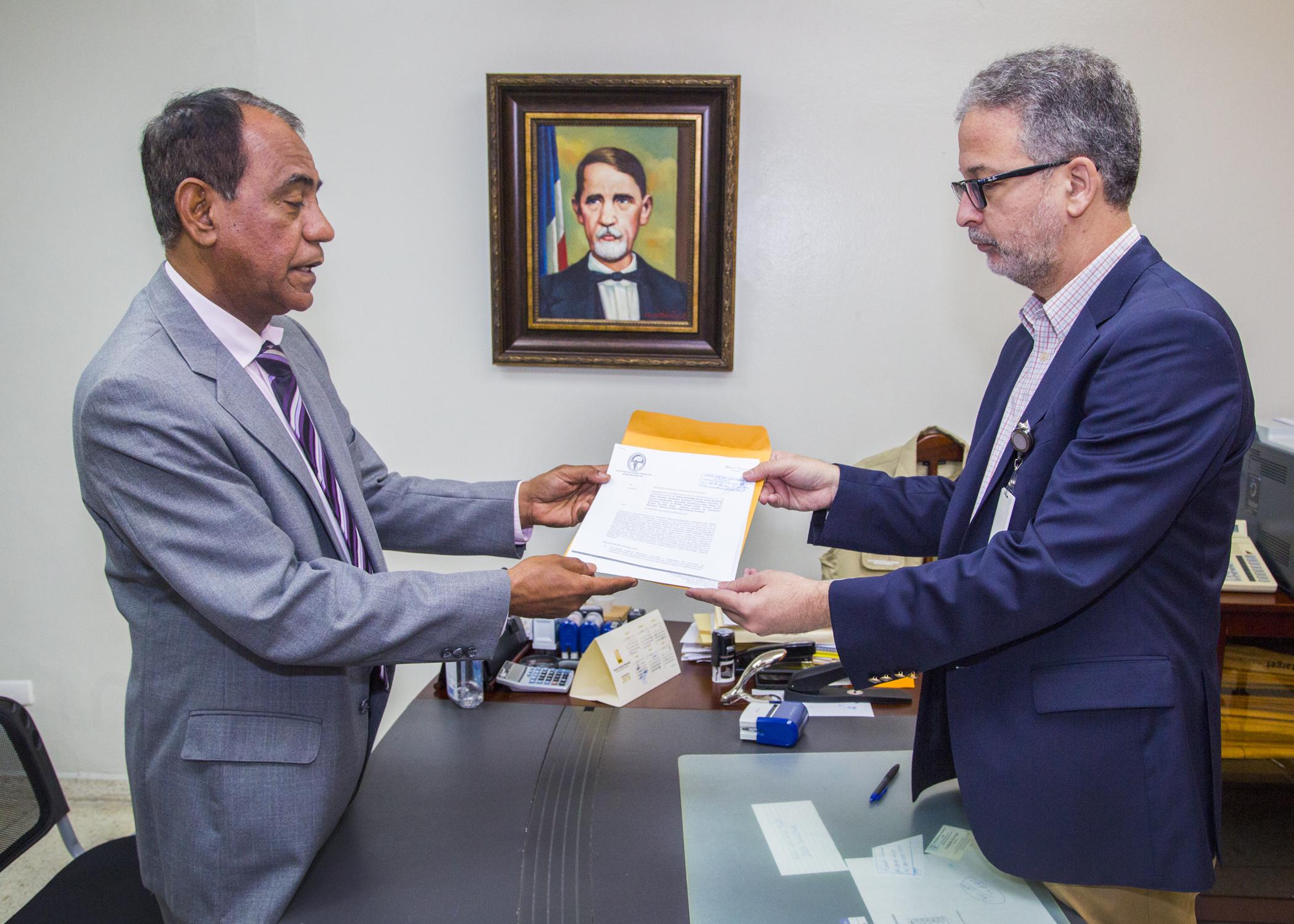 PRD deposita instancia de revisión designaciones funcionarios en 23 Juntas Municipales Electorales