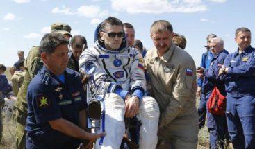 Astronautas regresan a la Tierra desde la Estación Espacial Internacional
