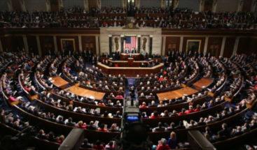 Cámara Baja de EEUU aprueba ley para dar ciudadanía a millones de inmigrantes