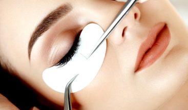 Dermatólogos piden regular esmaltes de uñas y extensiones de pestañas por aumento de alergias