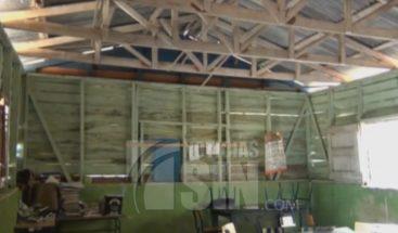 Estudiantes en Dajabón reciben clases en un plantel en proceso de remodelación