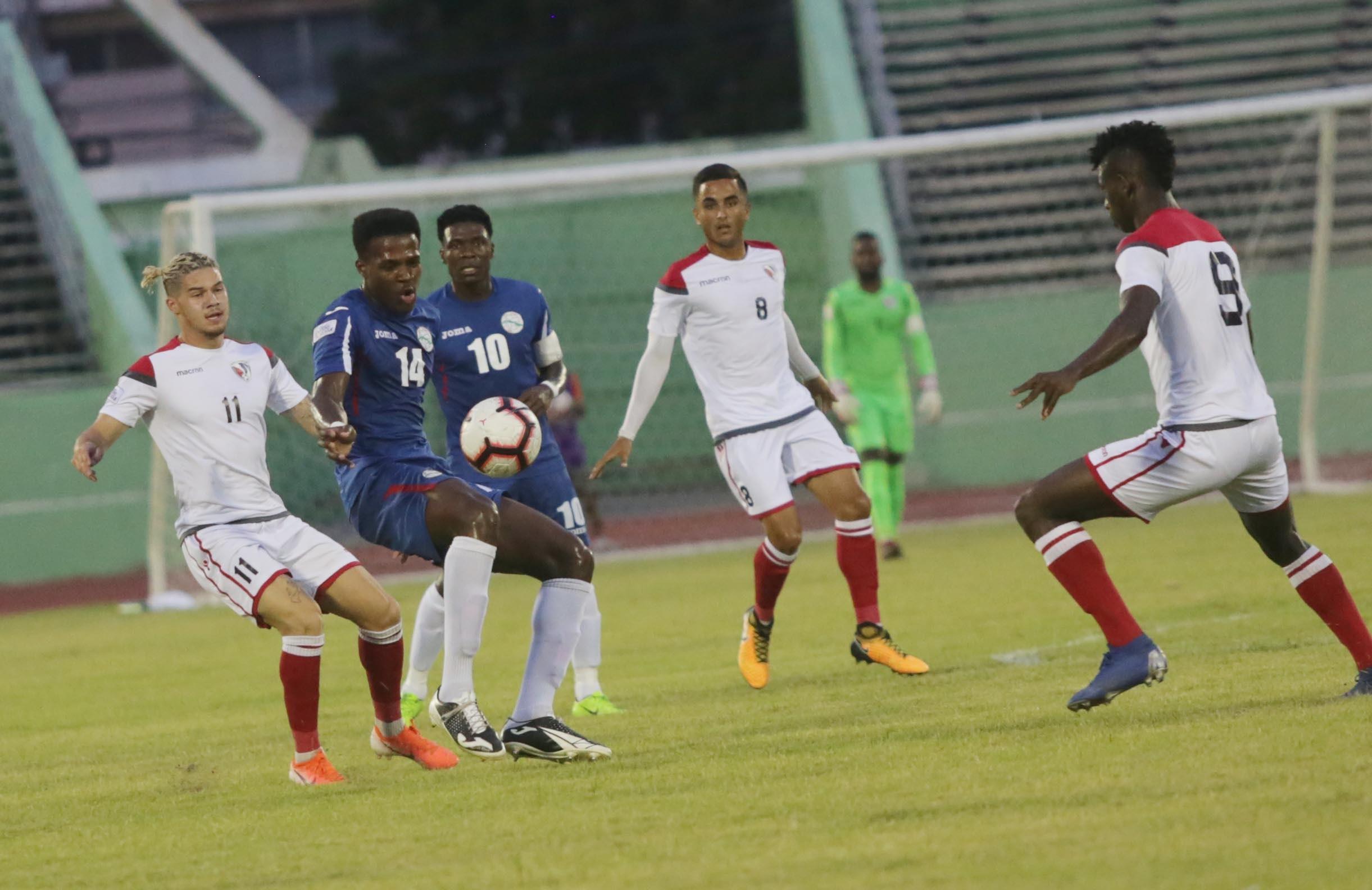 Selección de Fútbol continúa trabajos de observación de jugadores