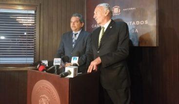 Diputados dicen reunión de Medina con legisladores es la antesala para reformar la Constitución