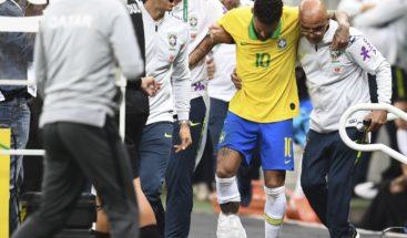 Médicos del PSG viajan a Brasil para examinar a Neymar
