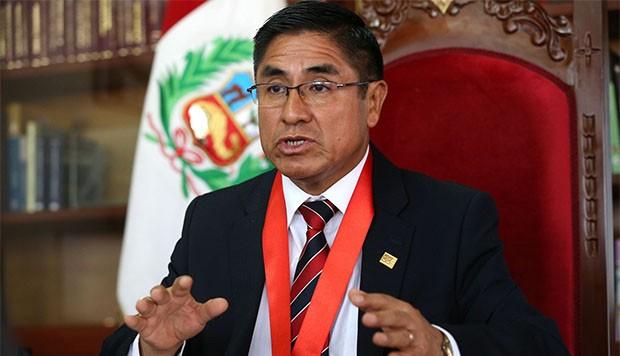 Exjuez del supremo peruano niega haber usado pasaporte diplomático en su fuga