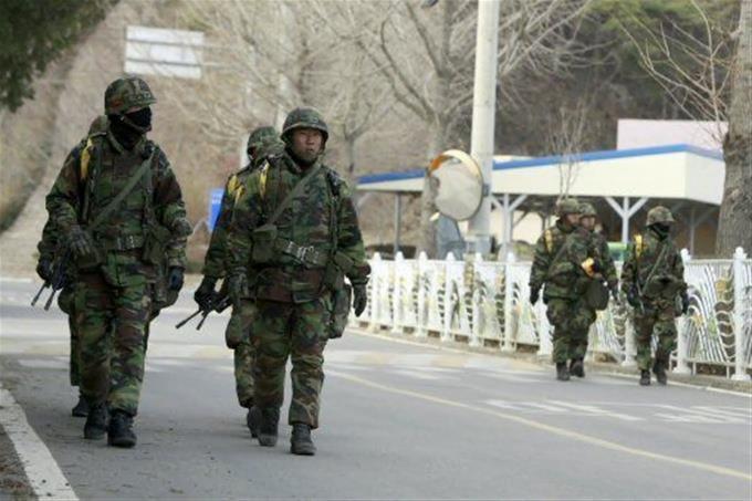 Acoso, violencia, violación: el precio por ser gay en el ejército surcoreano
