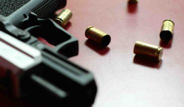 Mujer es herida de bala por su pareja en Montecristi