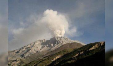 Bolivia da por controlada la situación por caída de ceniza de volcán de Perú