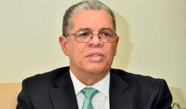 Amarante Baret dice apoyará a candidato danilista con mayor popularidad, en caso de no ser elegido
