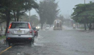 Vaguada provocará aguaceros con tormentas eléctricas, según Onamet