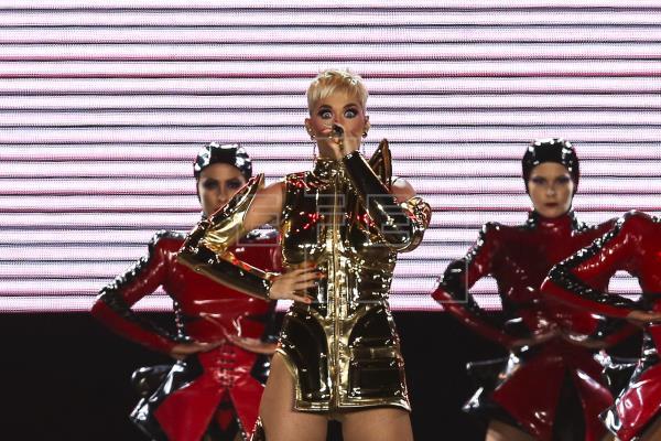 Jurado dictamina que Katy Perry copió tema de rap cristiano en