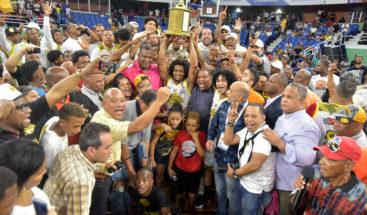 El club Rafael Bariasse coronó como campeón enbasket distrital