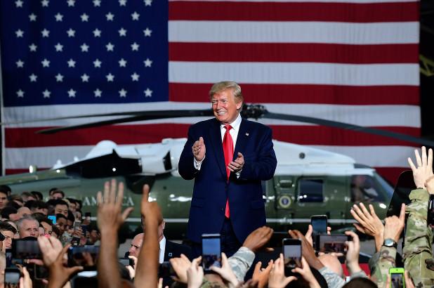 Suprema autoriza a Trump utilizar dinero del Pentágono para el muro con México