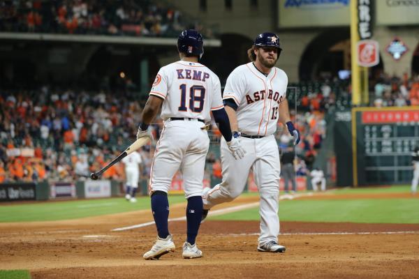 Astros traspasan a White a Dodgers y Correa será dado de alta este viernes
