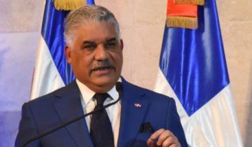 Miguel Vargas anuncia donación de 26 mil pruebas para detectar COVID-19