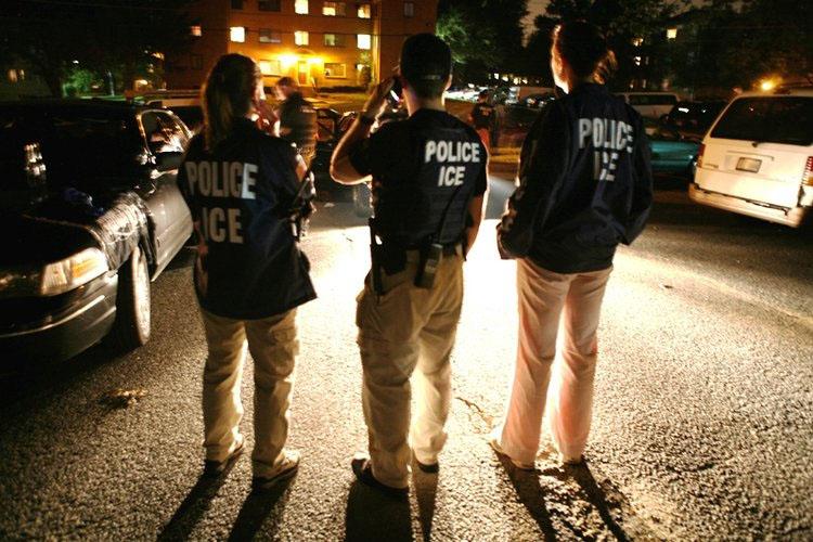 Temor a redadas masivas vuelve a rondar en comunidades de inmigrantes en EEUU
