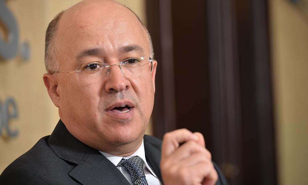 Precandidato presidencial Domínguez Brito: