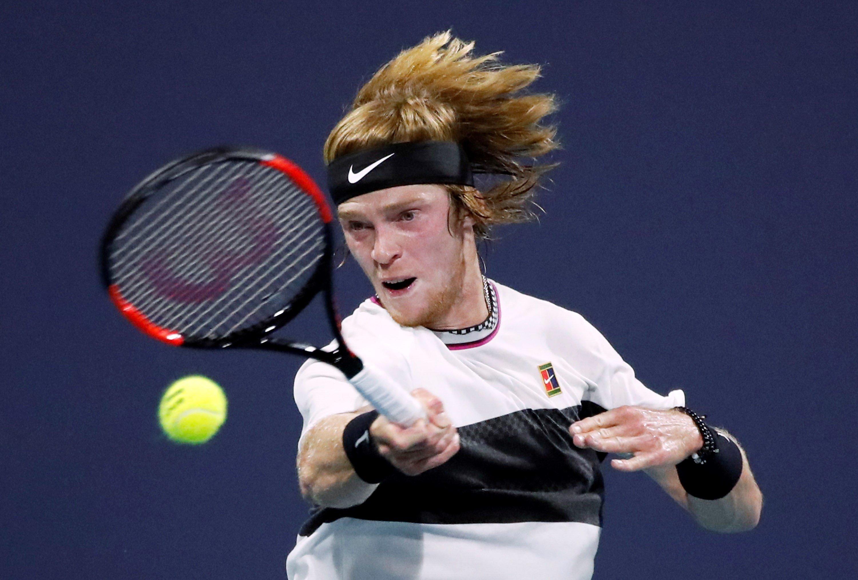 El joven Rublev elimina a Federer y da la gran sorpresa de la jornada