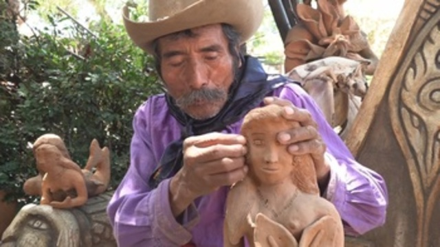 Don José, el artesano ciego del sur de México que hace arte con sus manos