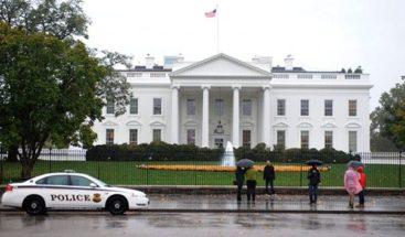 La portavoz de la Casa Blanca celebra la primera rueda de prensa en un año