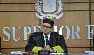 Buscan ante el TSE suspender inscripción de candidatura de Fernández y Mejía