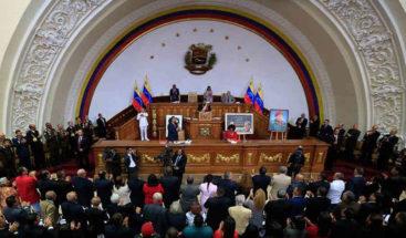 La Constituyente venezolana valora convocar elecciones legislativas este año