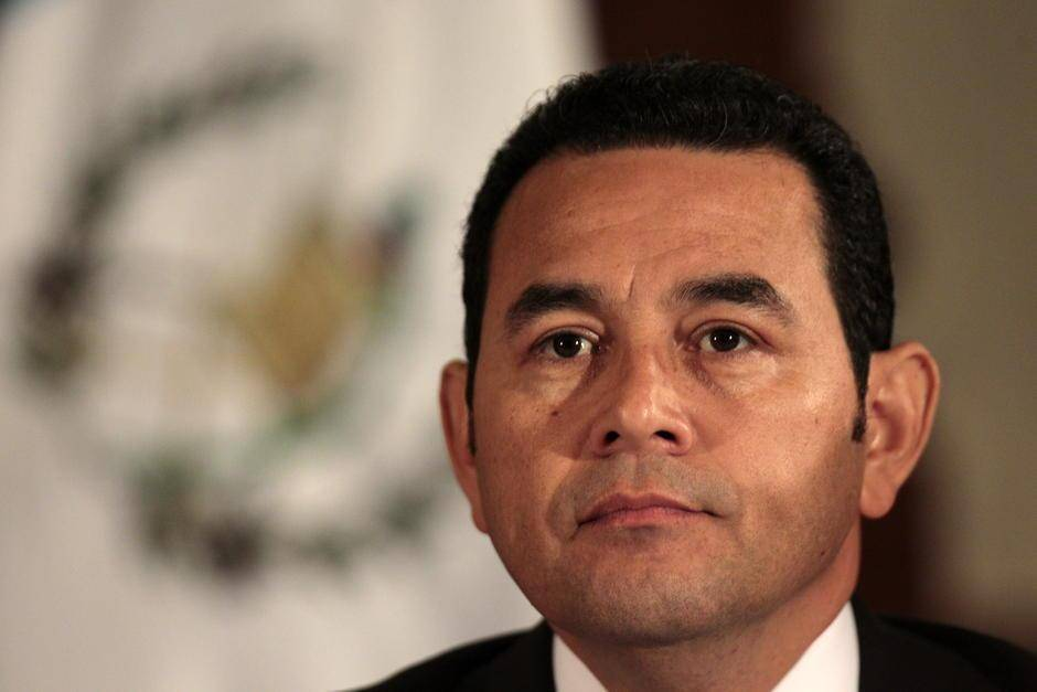 Presidente de Guatemala denuncia persecución tras absolución a hermano e hijo