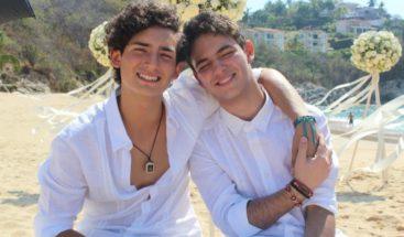 Producción hace historia con primeros protagonistas gais de televisión latina