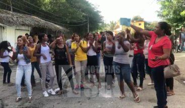 Joven resulta herido durante protestas en demanda de agua potable y energía eléctrica en Baitoa