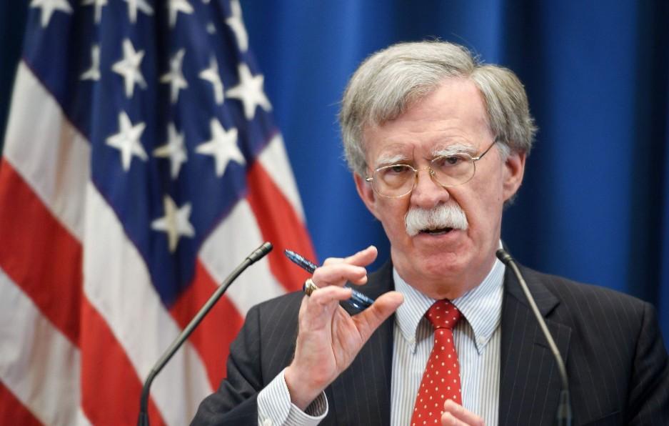 EEUU trata con funcionarios venezolanos