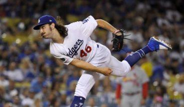 El novato Gonsolin logra primera victoria y Dodgers llegan a las 74