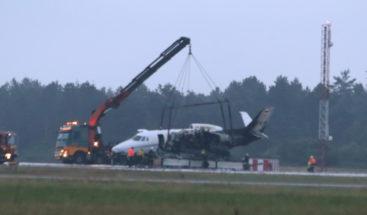 Avión privado con equipo de la cantante Pink se incendia al aterrizar en Dinamarca