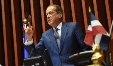 Juramentan a Reinaldo Pared como presidente del Senado para el período 2019-2020