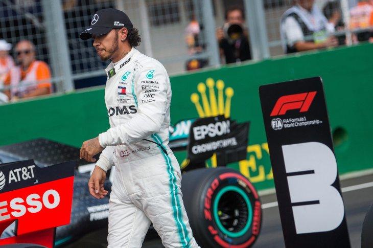 Hamilton gana por delante de Verstappen en Hungría; Sainz acabó quinto