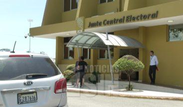 PLD y PRM aún no depositan listados de precandidatos en JCE