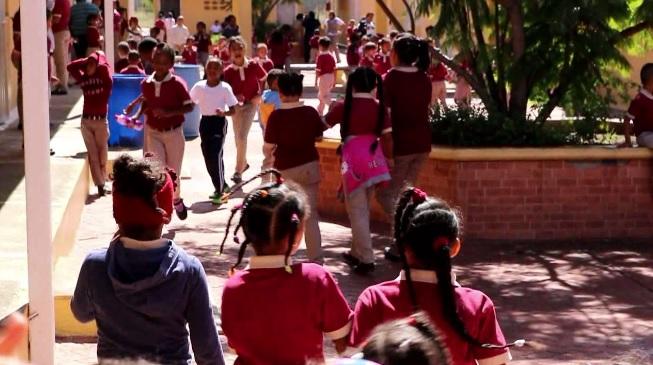 Escuelas en Constanza sin impartir clases por falta de profesores