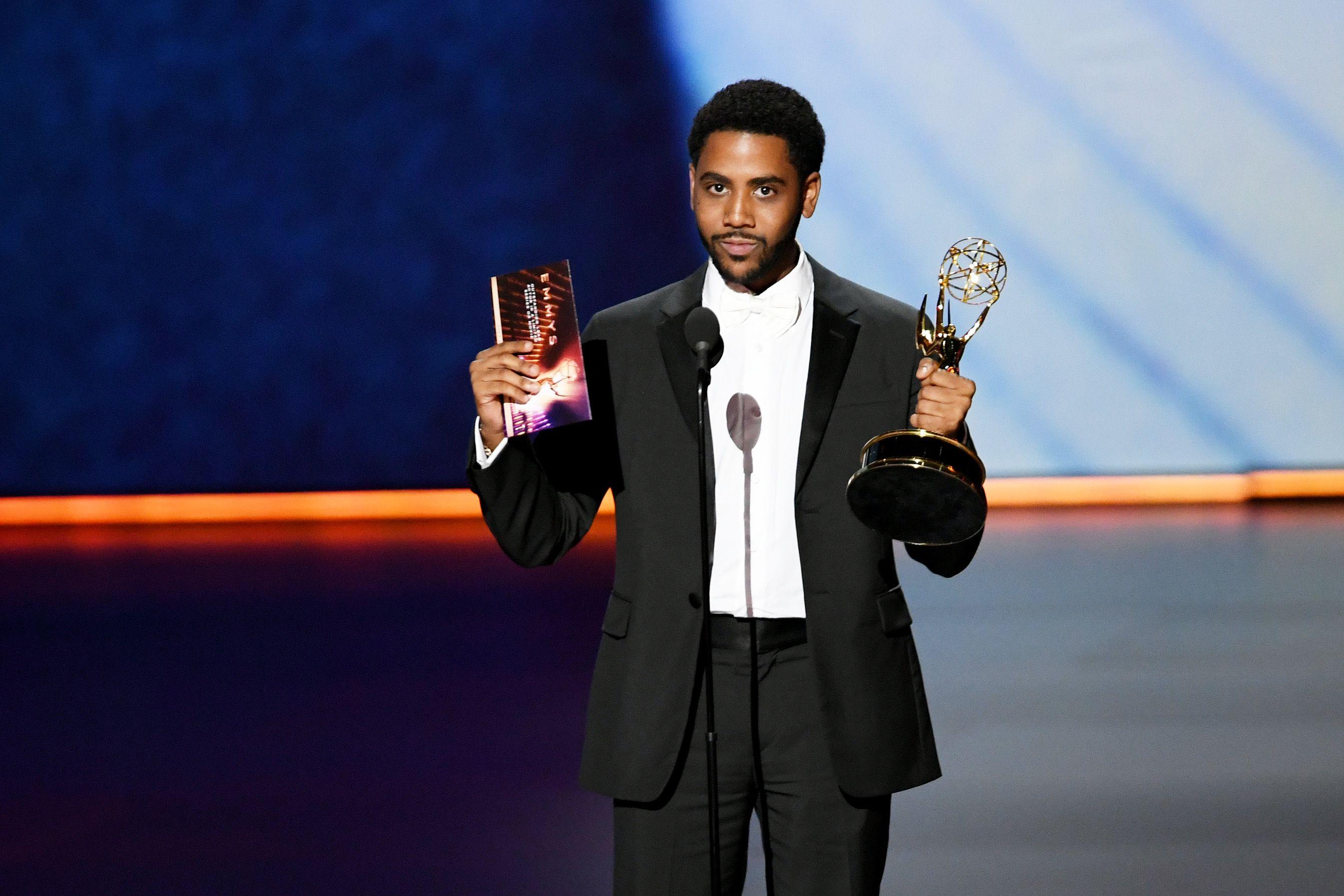 Actor de origen dominicano Jharrel Jerome se lleva un Emmy por