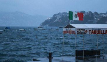 Tormenta Lorena se fortalece y favorece fuertes lluvias en Pacífico mexicano