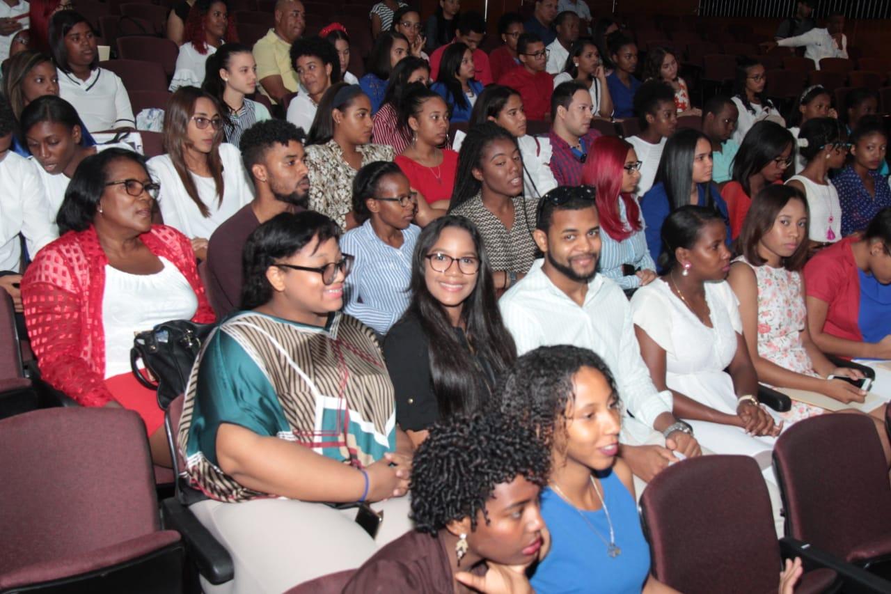 UASD selecciona 100 estudiantes competirán en primera ronda Festival de la Voz
