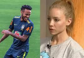 Justicia rechaza acusación contra modelo por supuesta extorsión a Neymar
