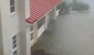 Gran Bahama totalmente inundada al paso del huracán Dorian, que deja daños incalculables