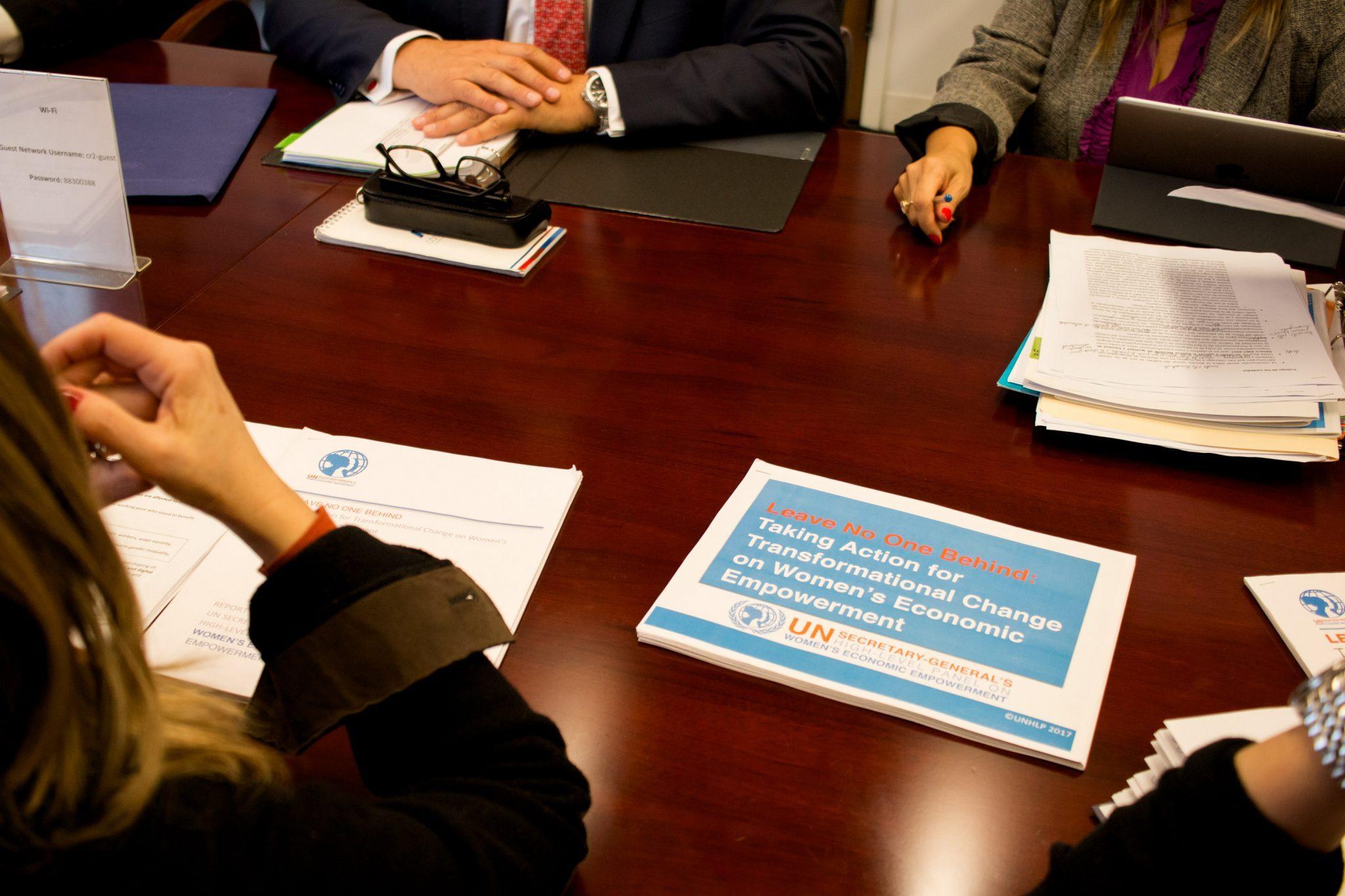 BID y EEUU firman cartas de intención para apoyar a mujeres de América Latina
