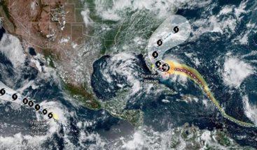 Torrenciales lluvias caen sobre la isla de Gran Bahama por huracán Dorian