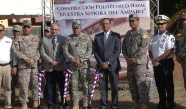 Ministro de Educación da primer palazo para construcción del Politécnico Naval Nuestra Señora del Amparo