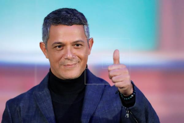 Alejandro Sanz dedica a su equipo las ocho nominaciones a los Latin Grammy