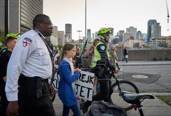 Greta Thunberg encabeza protesta climática de 500.000 personas en Montreal