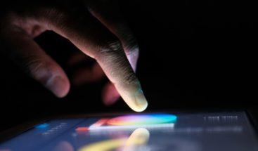 Científicos chinos crean forma de impresión reversible y con tinta invisible
