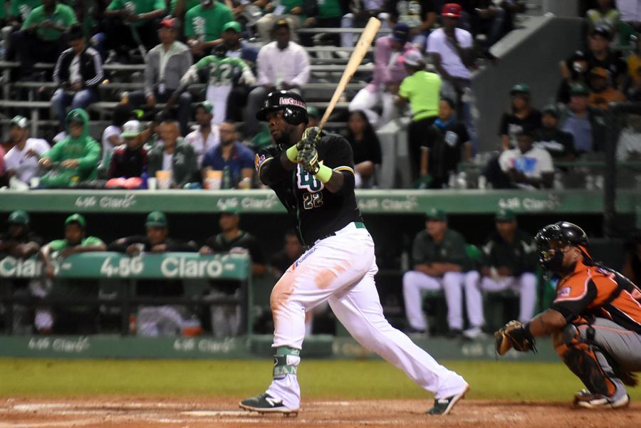 Beisbolista Felipe Vázquez será presentado este miércoles ante el juez