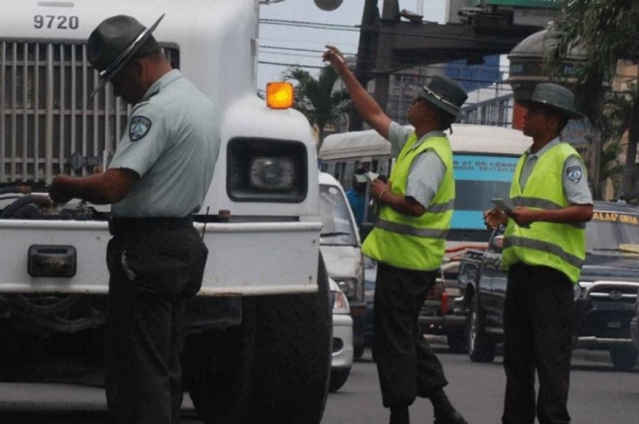 DIGESETT solicita Asuntos Interno PN investigar supuesta mafia para devolver vehículos detenidos en SJM