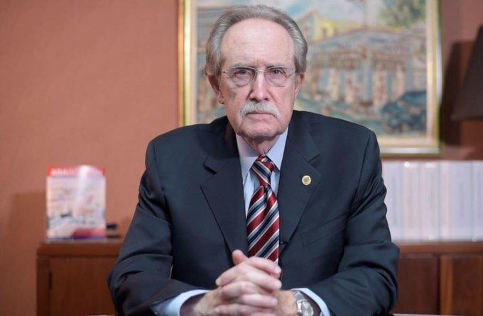 Gobernador del Banco Central lamenta fallecimiento de José López Valdés